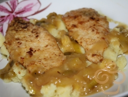 Chicken breast with honey sauce